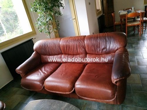 3 személyes, ággyá alakítható kanapé